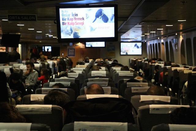 İstanbul Deniz Otobüslerinde Bu Sefer Haytap Kış  Afişleri