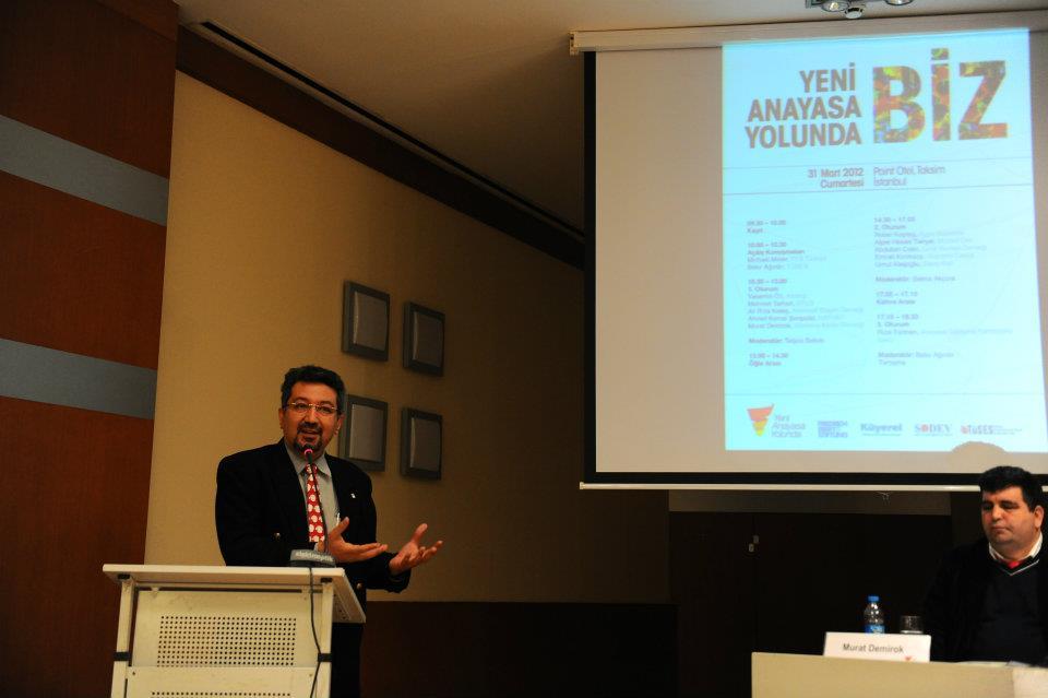 ''Yeni Anayasa Yolunda Biz'' Konferansı